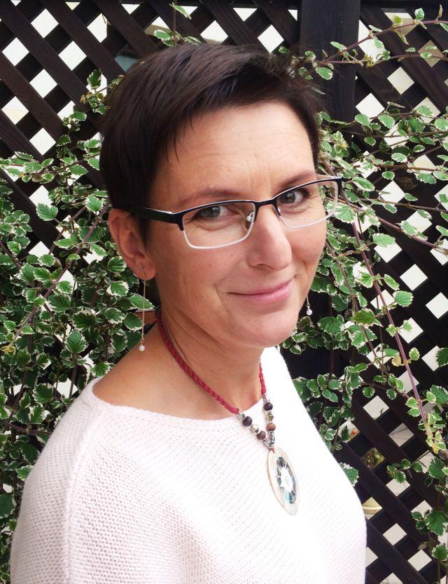 dr Renata Czarniecka